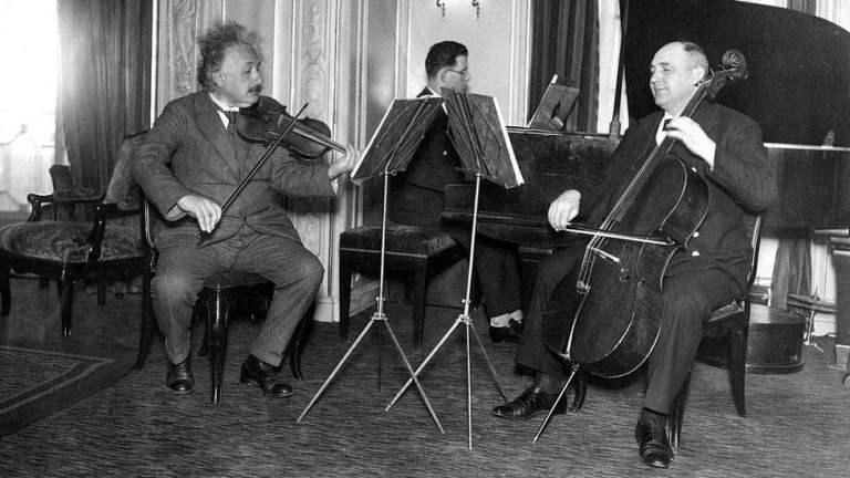 Descubra como o criador da Teoria da Relatividade, Albert Einstein organizava seu tempo