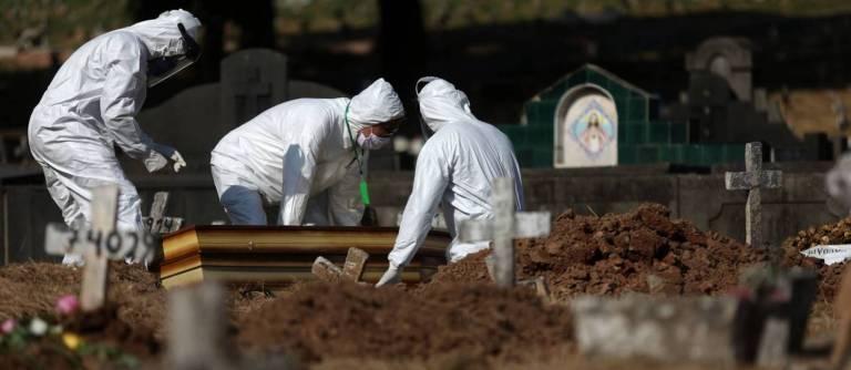 Família contrai Covid-19 após abrir caixão de familiar infectado na Bahia