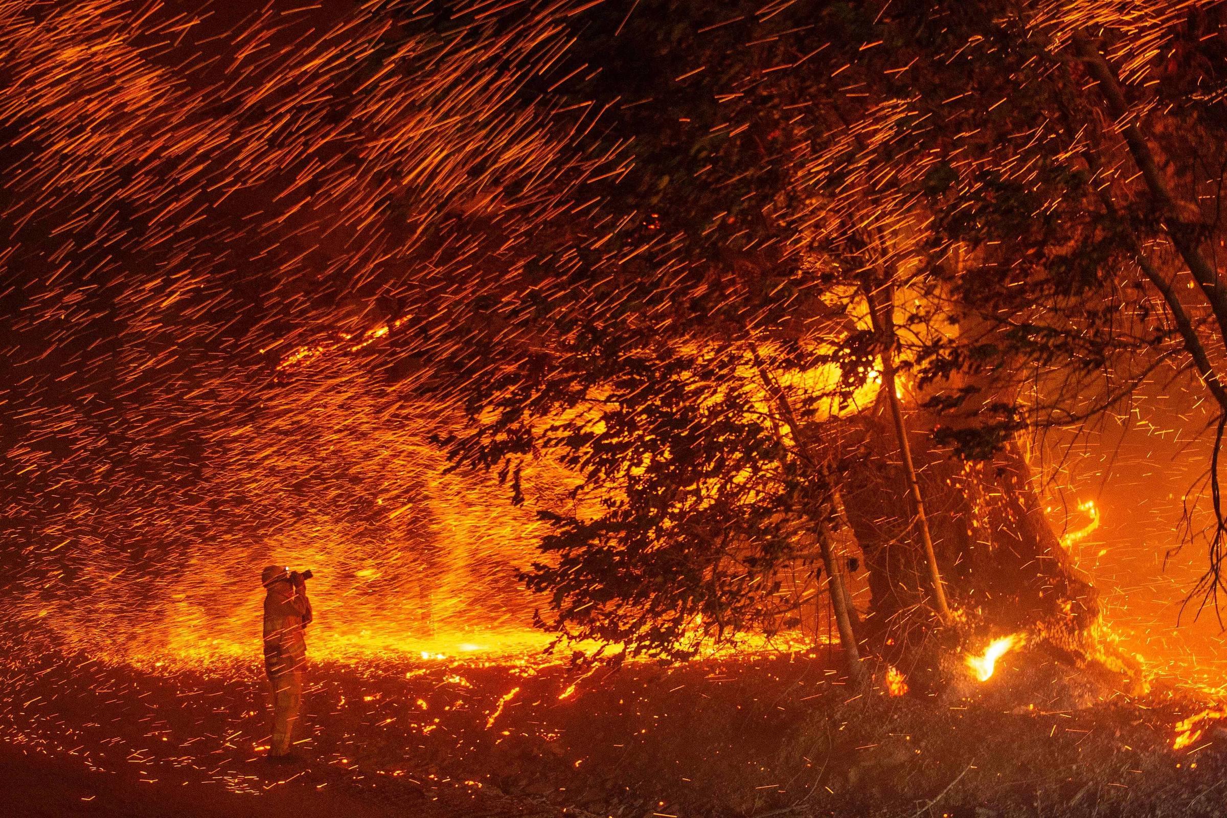Essas imagens chocantes mostram a devastação dos incêndios nos EUA