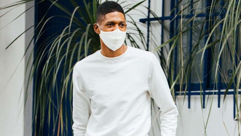 Como funciona a proteção das roupas antivirais?