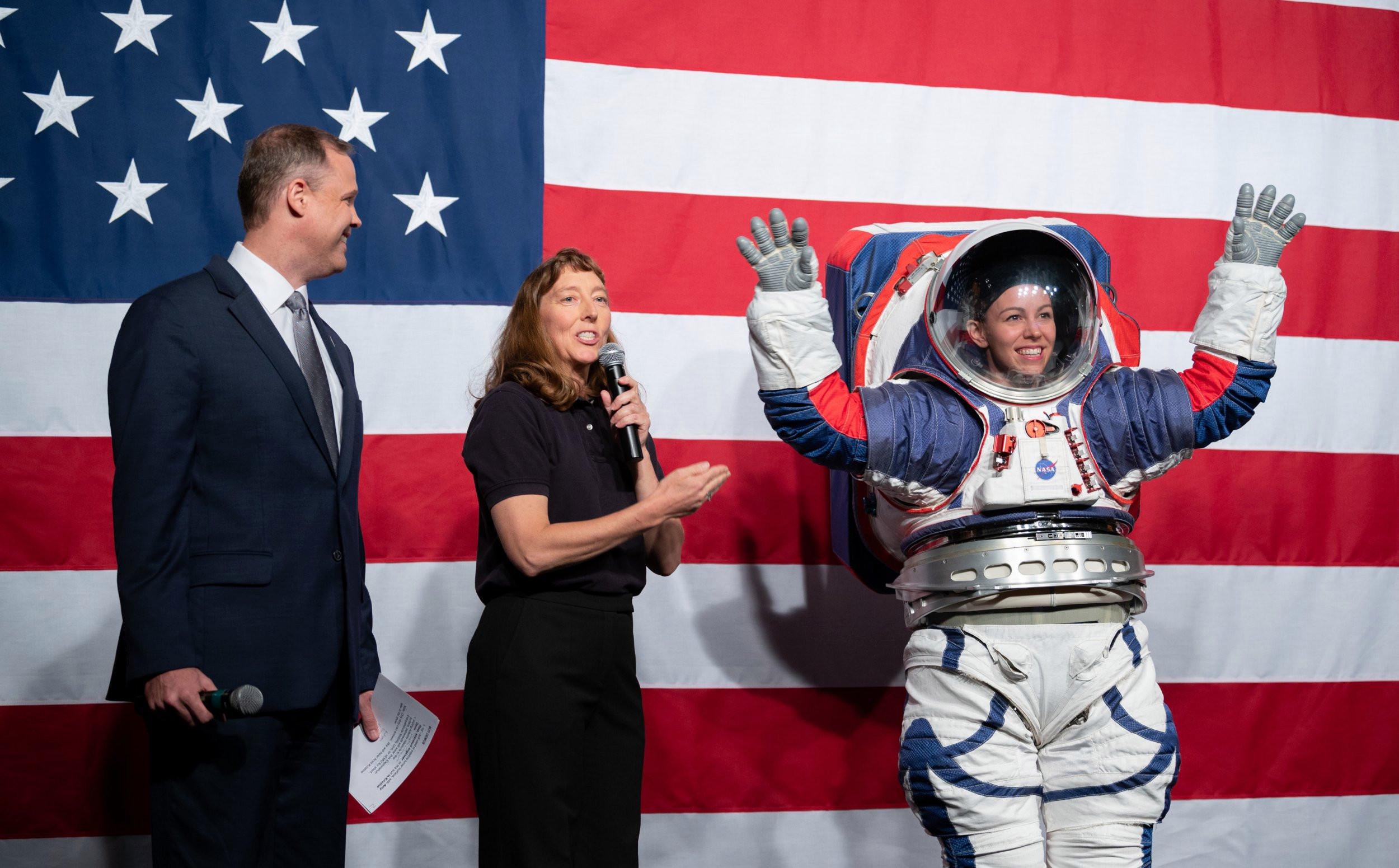 Quanto custa para um astronauta ir à Lua?