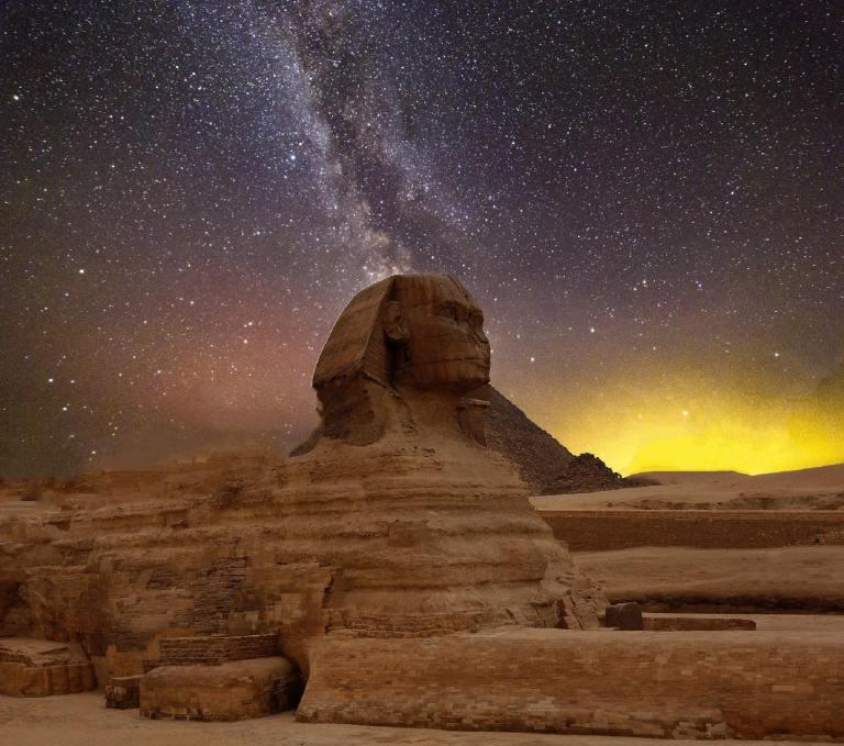 Como os astros eram vistos pelos egípcios?