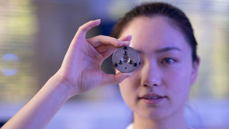Cientistas criam diamante em temperatura ambiente