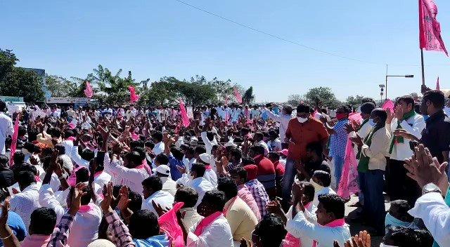250 milhões de indianos protestam e marcham em direção à Nova Délhi