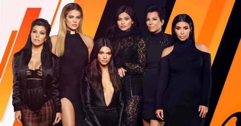 Kardashians exibem mansões feitas com biscoito de gengibre