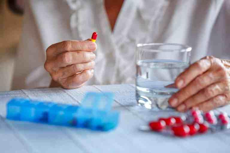 Afinal, o que é a hormonioterapia que muitas pessoas falam?