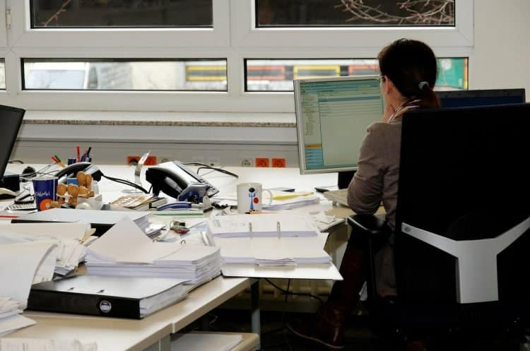 Empresa usa almofadas inteligentes para monitorar os funcionários