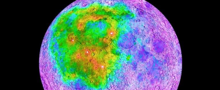 Maior cratera da lua está revelando segredos que nunca foram conhecidos