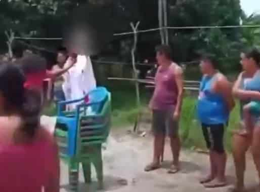 Polícia resgata crianças que eram usadas em ritual religioso contra COVID-19