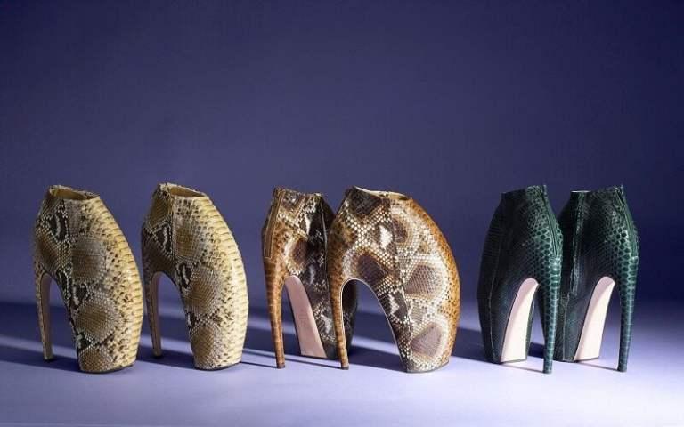 7 sapatos mais desconfortáveis das famosas