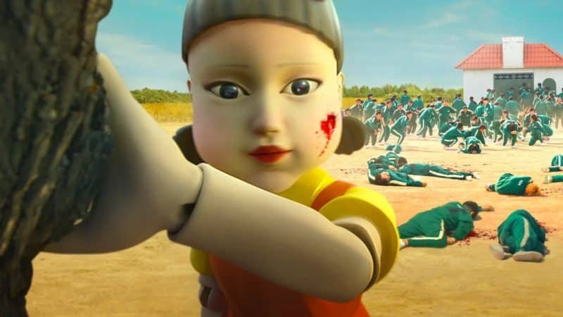 """A boneca de """"Round 6"""" existe e é inspirada em livros didáticos"""