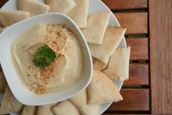 Homemade hummus for fatty liver