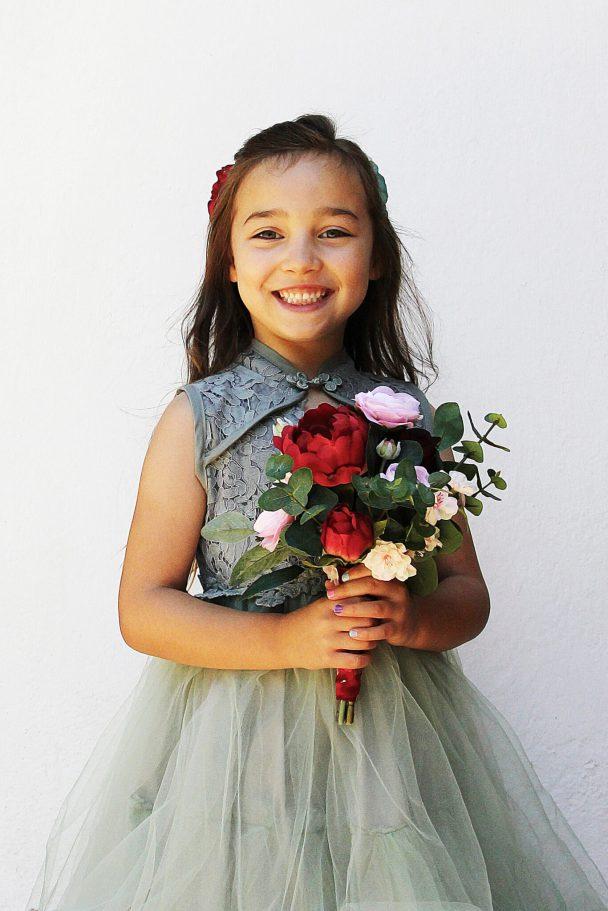 flower girl bridesmaid bouquet
