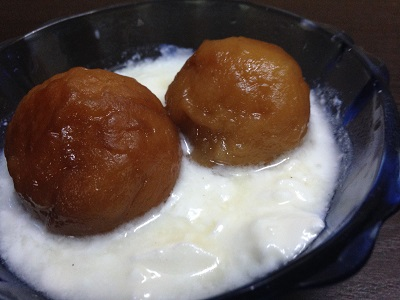 gulab jamun with curd -Xmas dinner party