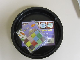 Jennifer's Mosaics Reuseable Stepping Stone Mold and Stained Glass Chips