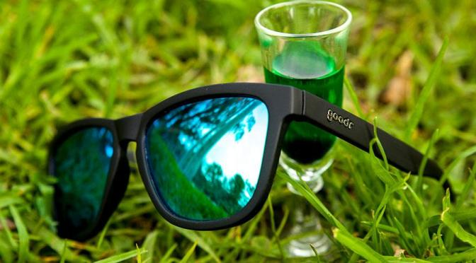 Choose the Right Running Sunglasses for Your Hair Style! Here's How