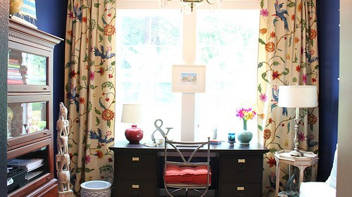 home-office-makeover-anthropologie-curtains-navy-wall-black-desk.jpg