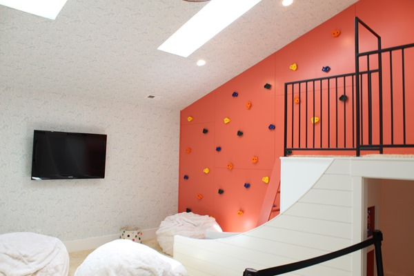 playroom accent wall