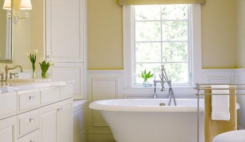traditional-bathroom.jpg