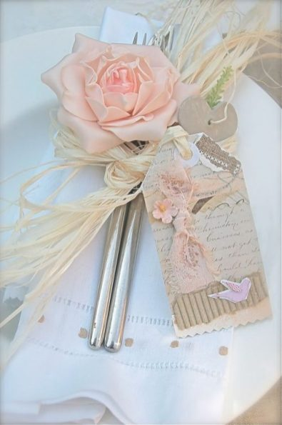 wedding-table-scape-with-raffia-500x752