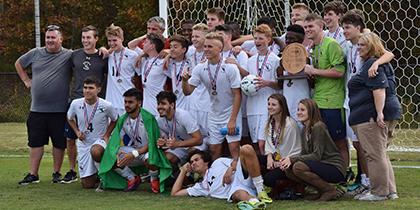 2017_Varsity_Boys_Soccer_Champs_420x210