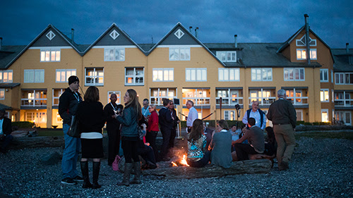 Northwest Wine Encounter - Winemakers and guests enjoy a beach bonfire with s'mores and dessert wine