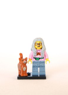 The LEGO Movie Minifigures - Mrs. Scratchen-Post 1