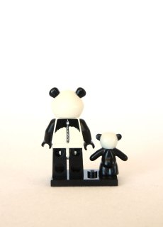 The LEGO Movie Minifigures - Panda Guy 3