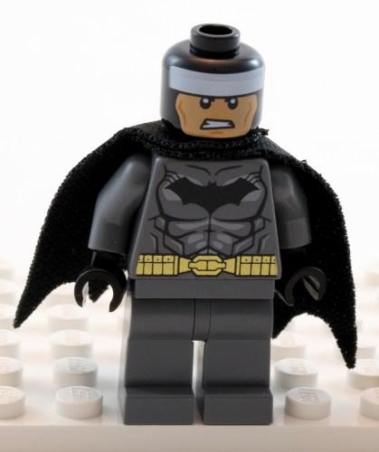 76026 - Batman Cowl Off
