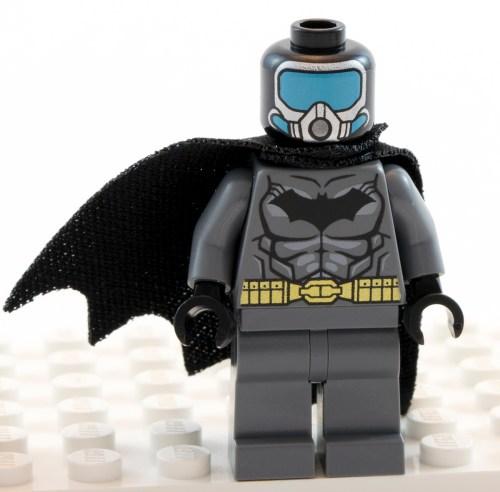 76027 - Aqua-Batman Cowl Off