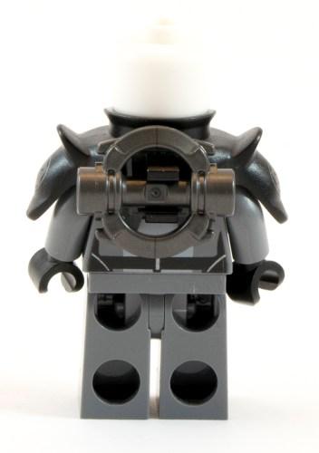 75082 - Inquisitor Back Saber No Helmet