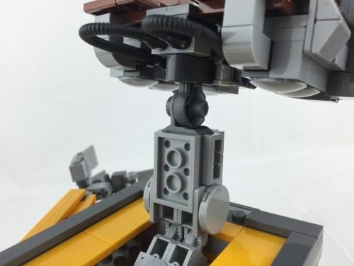 21303 WALL-E 16