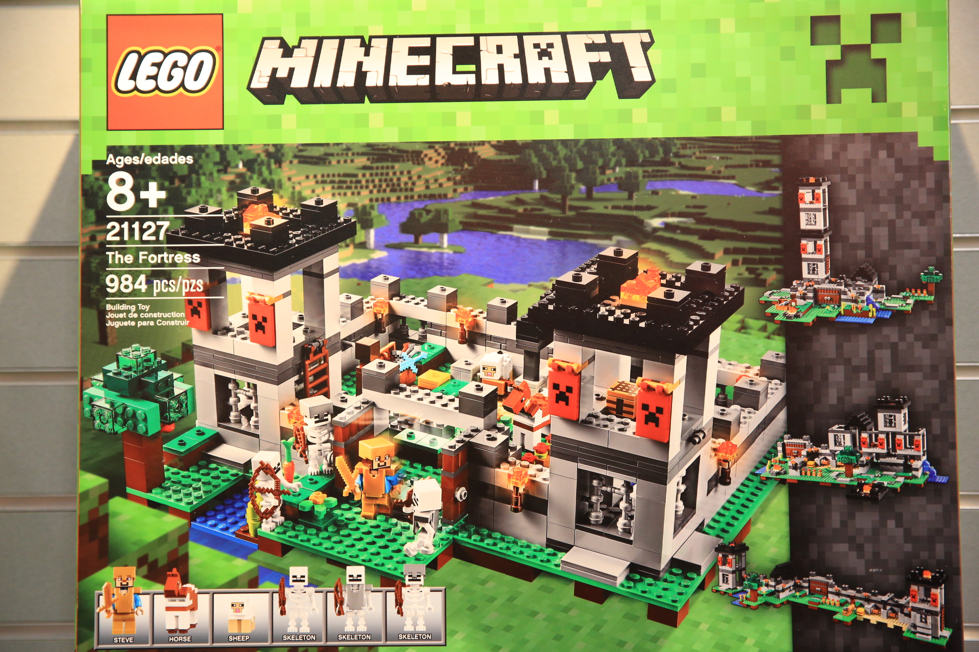 Toy Fair Report 2016 Lego Minecraft Fbtb 21124 The End Portal Next Up Is