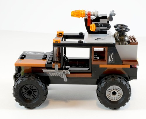76050 Crossbones' Truck Side