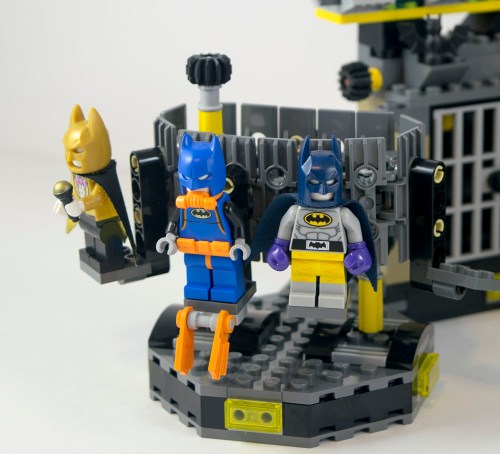 70909-batcave-costume-spinner