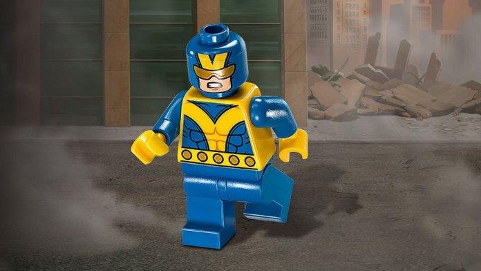 Giant-Man minifig pre-order bonus