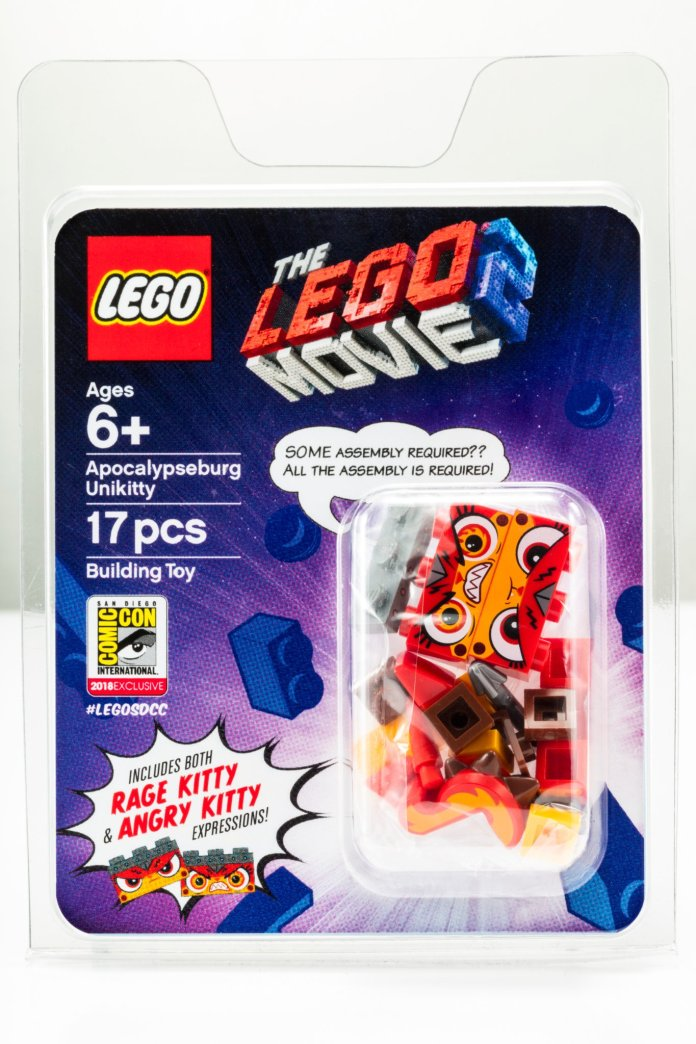 Apocalypseburg Unikitty LEGO SDCC-exclusive in package