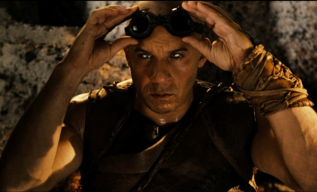"""Clueless Movie Reviews: """"Riddick"""""""