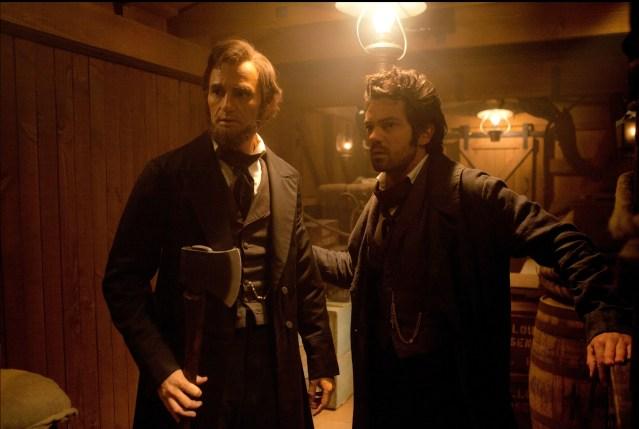 "Review: ""Abraham Lincoln: Vampire Hunter"""