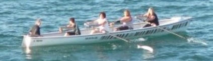 women_rowing
