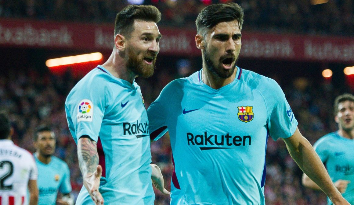 """André Gomes: """"Neither Messi is shy, nor Cristiano is arrogant. Both are normal"""""""
