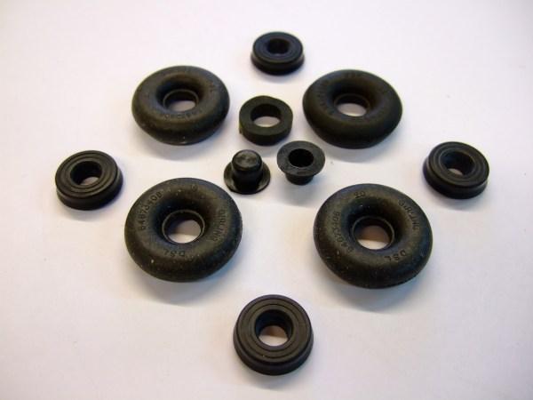 Rear Wheel Brake Cylinder Repair Kit