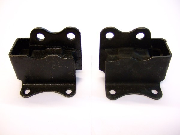 Engine Mounts Front (each)