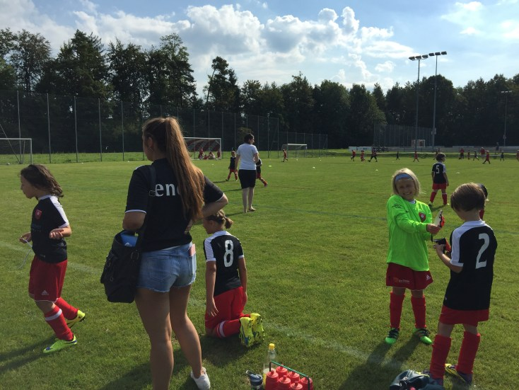2016.09.11 F-Juniorinnen in Lachen