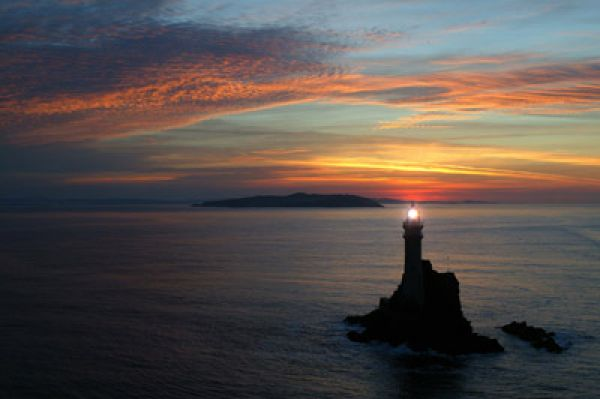 fastnet-rock-at-sunset-helishot