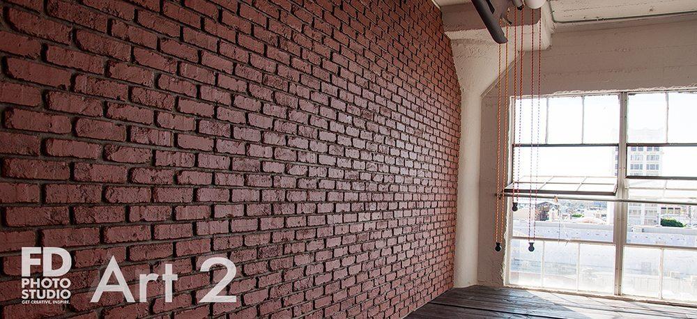Art_2_red-brick-wall