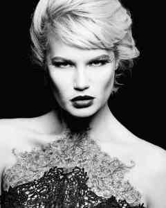 Beauty Photoshoot with Christina Saryn