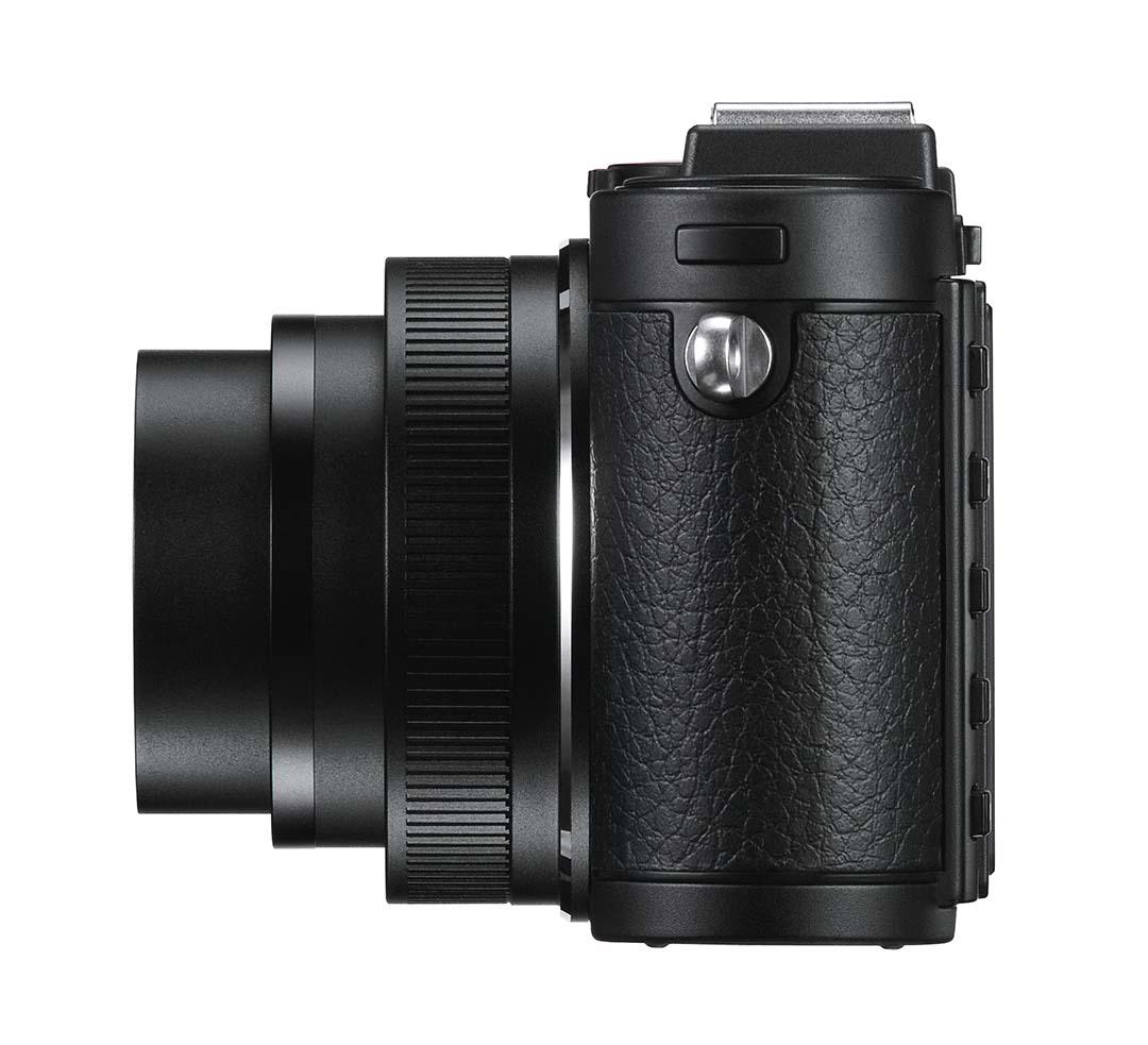 Leica X2 Black left_1