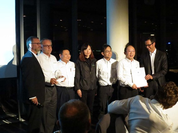 Shriro Group getting ZEISS Distributor of the Year Award in Cologne
