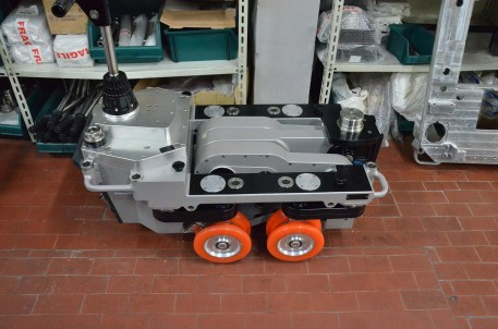 The Super Falcon II's wheels fold inward with minimum footprint for shipping